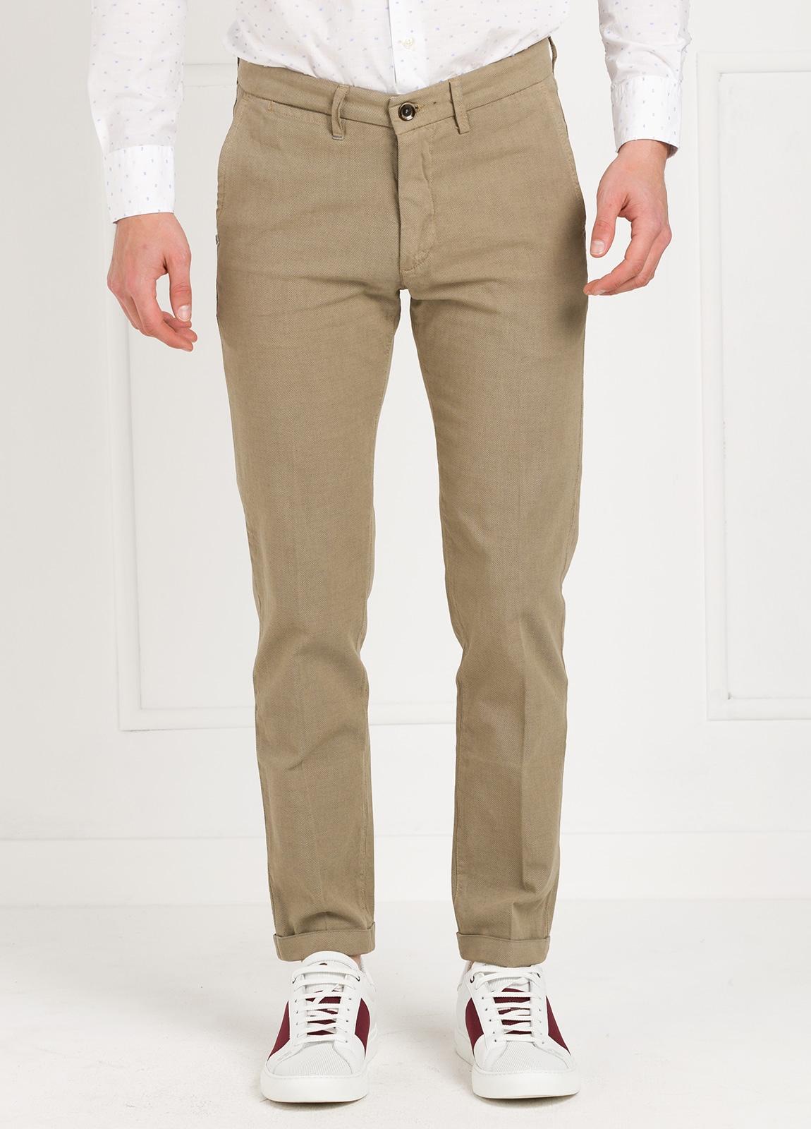 Pantalón sport modelo MUCHA P294 color beige. Algodón y elastáno.