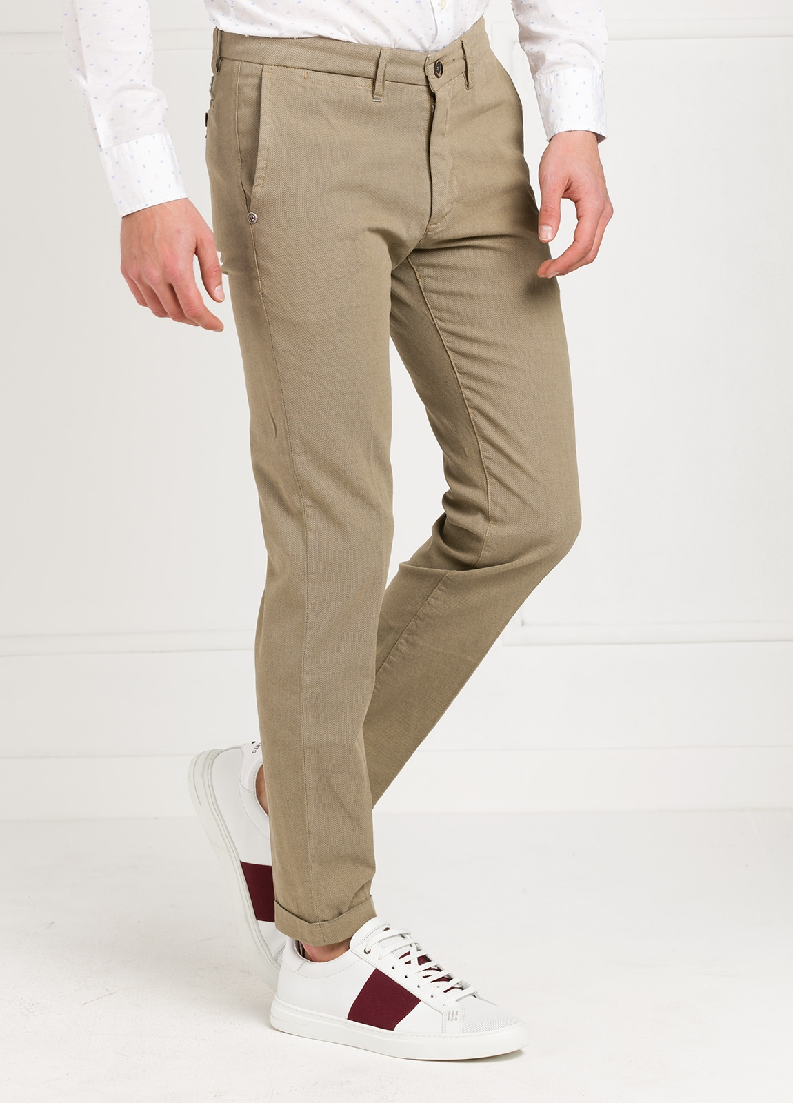 Pantalón sport modelo MUCHA P294 color beige. Algodón y elastáno. - Ítem2
