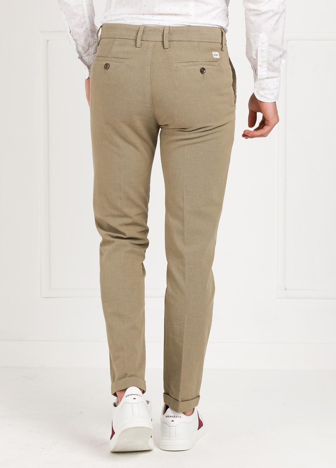 Pantalón sport modelo MUCHA P294 color beige. Algodón y elastáno. - Ítem3