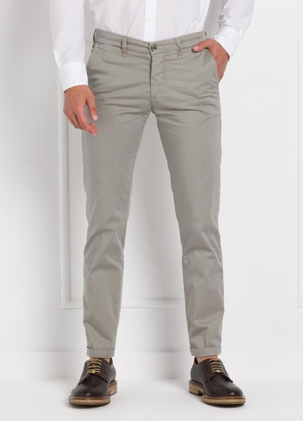 Pantalón sport modelo MUCHA P 249 color piedra. Algodón y elastáno.