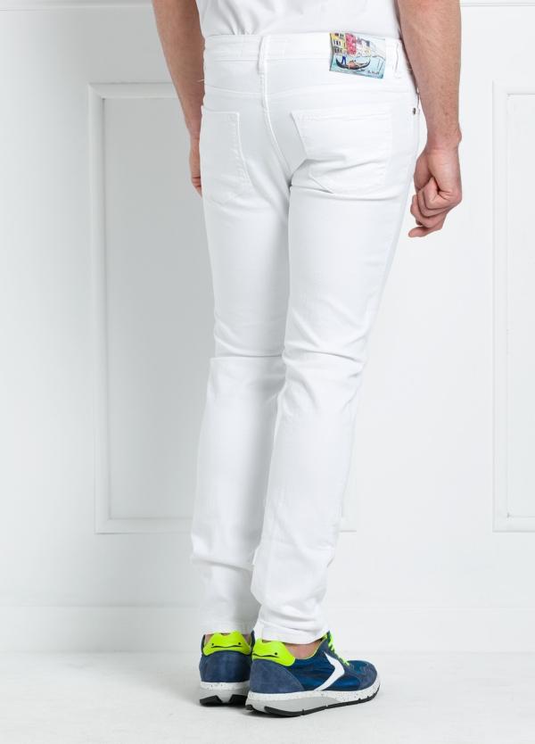Pantalón sport regular fit modelo RUPENS Z P015 color blanco. Algodón denim. - Ítem3