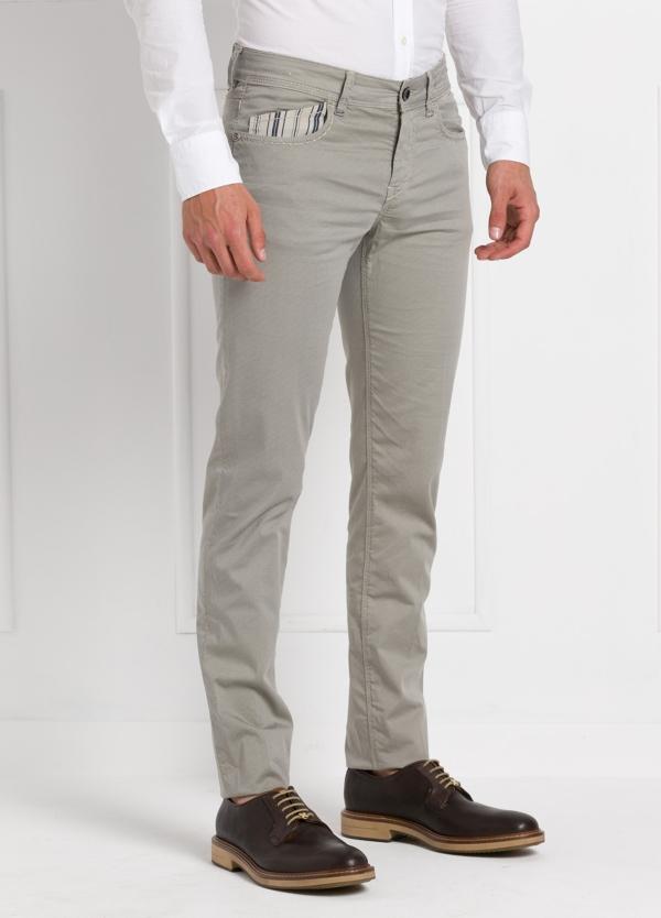 Pantalón sport slim fit modelo RUBENS Z color piedra. Algodón - Ítem3