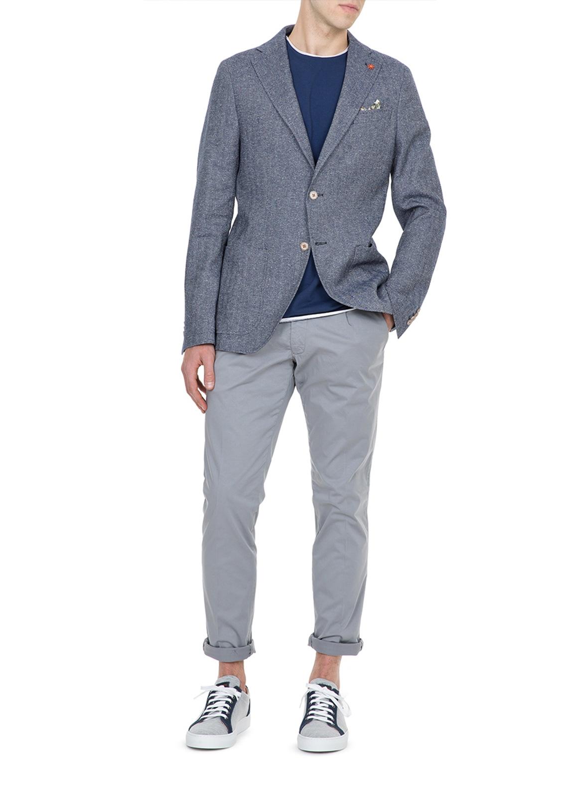 Pantalón chino color gris con pinzas. 100% Algodón. - Ítem1