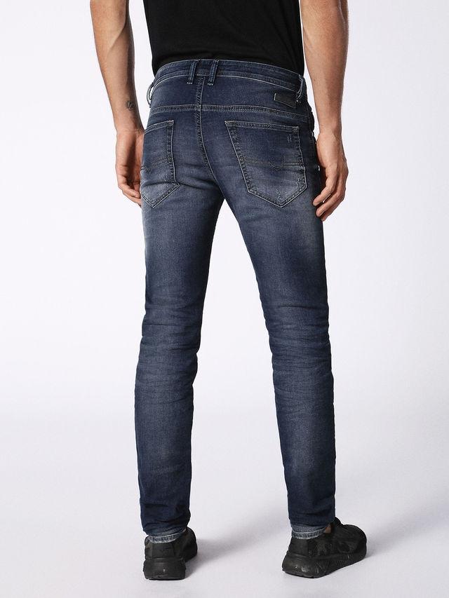 Pantalón tejano skinny modelo THOMMER color azul oscuro lavado. 90% Algodón 8% Poliéster 2% Elastáno. - Ítem3