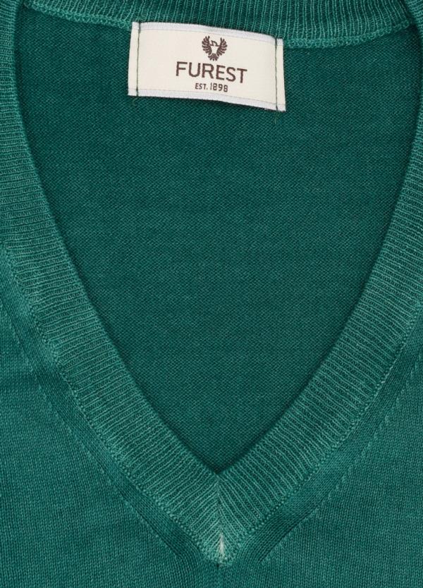 Jersey cuello pico color verde, 100% Algodón. - Ítem1