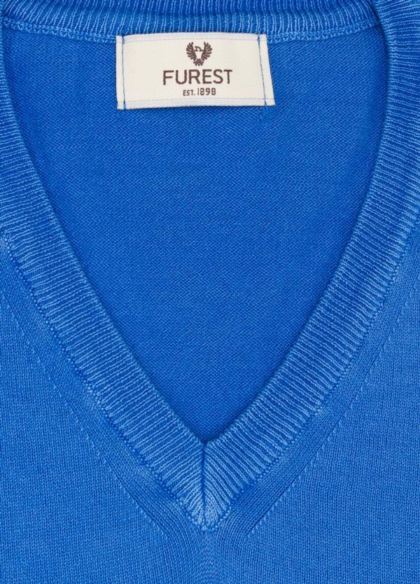 Jersey cuello pico color azulón, 100% Algodón. - Ítem1