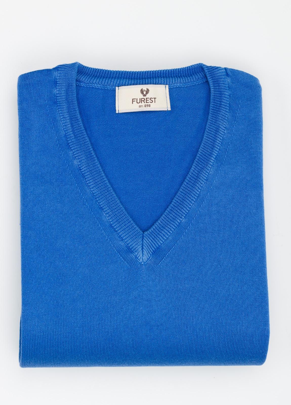 Jersey cuello pico color azulón, 100% Algodón.