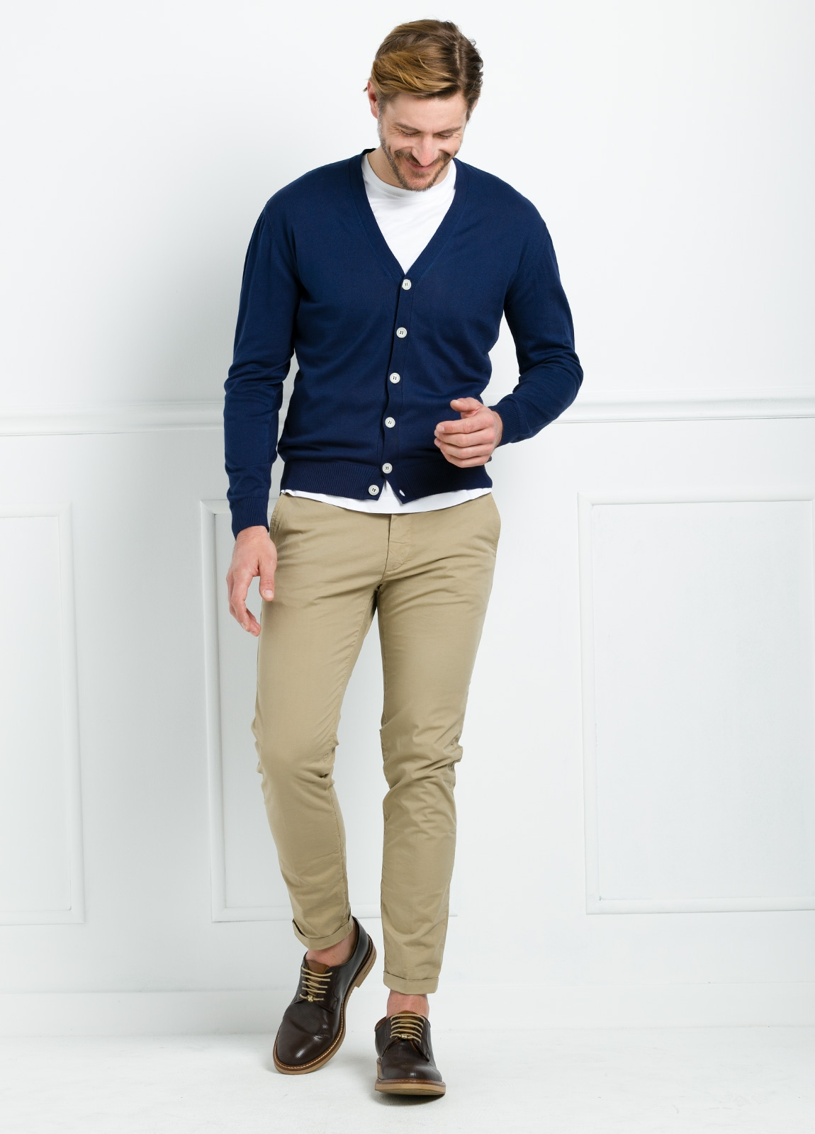 Cardigan con botones color azul marino, 100% Algodón. - Ítem2
