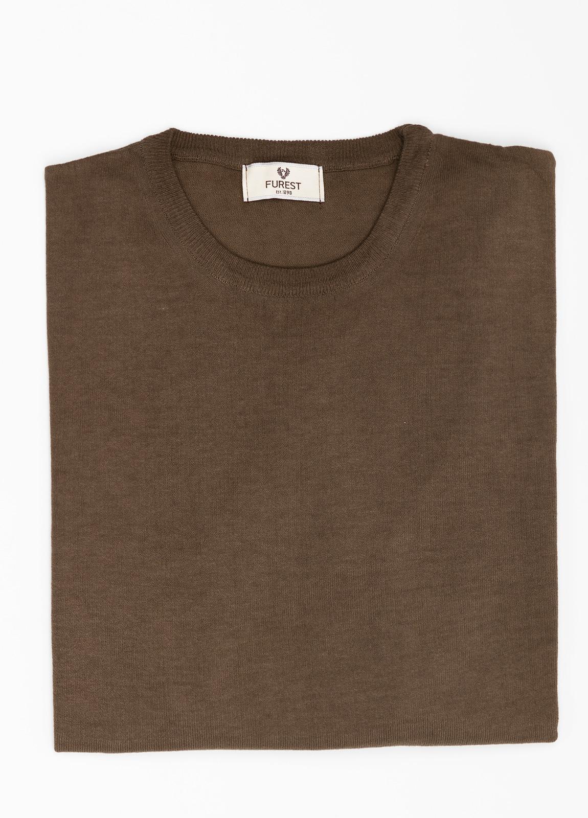 Jersey cuello redondo color marrón, 100% Algodón.