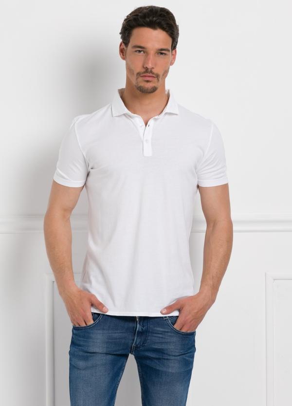 Polo liso manga corta, color blanco. 100% Algodón interlock.