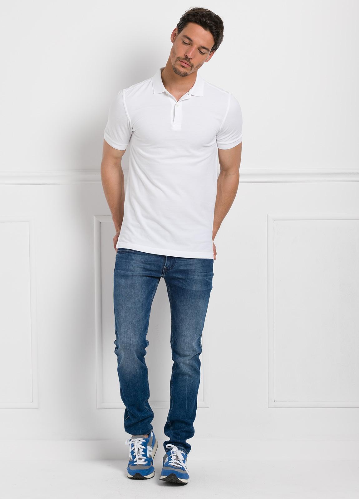 Polo liso manga corta, color blanco. 100% Algodón Piqué. - Ítem1