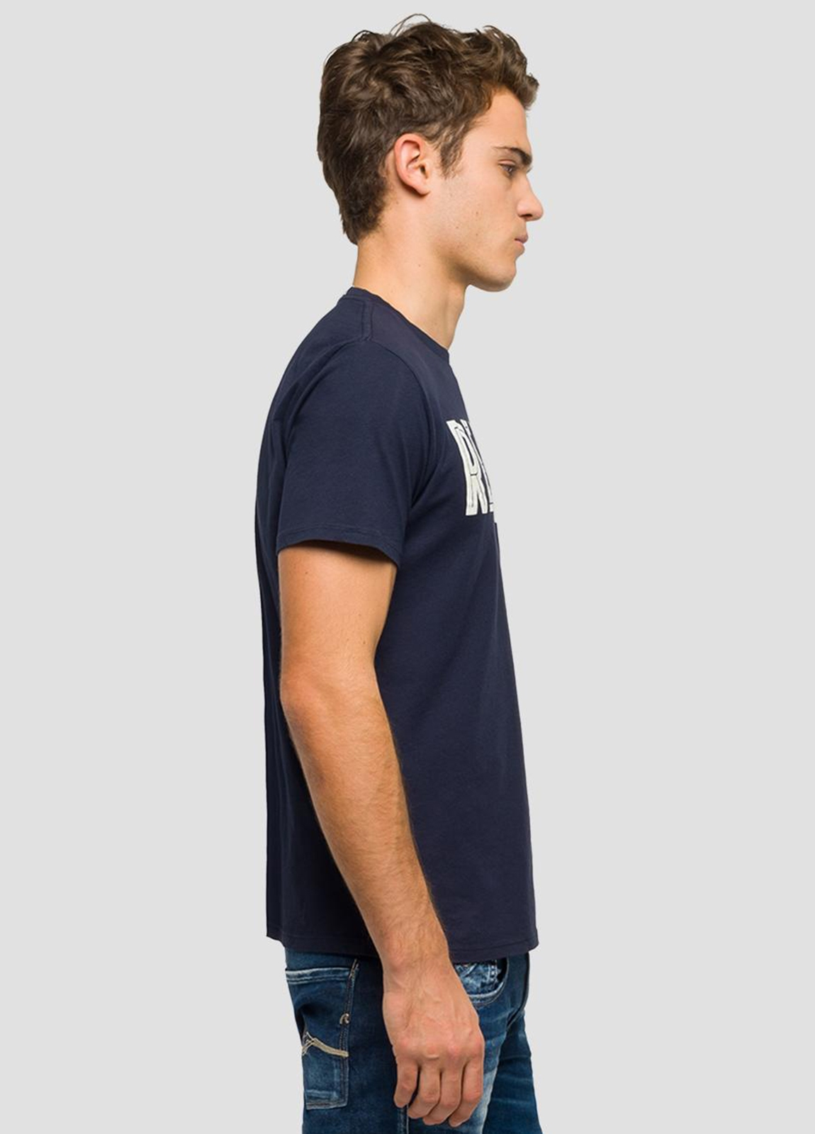 Camiseta manga corta color azul marino con estampado Replay. 100% Algodón. - Ítem1