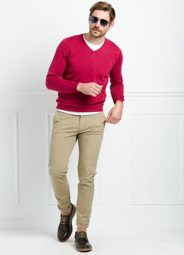 Jersey liso cuello pico color rojo. 100% Algodón lavado. - Ítem1