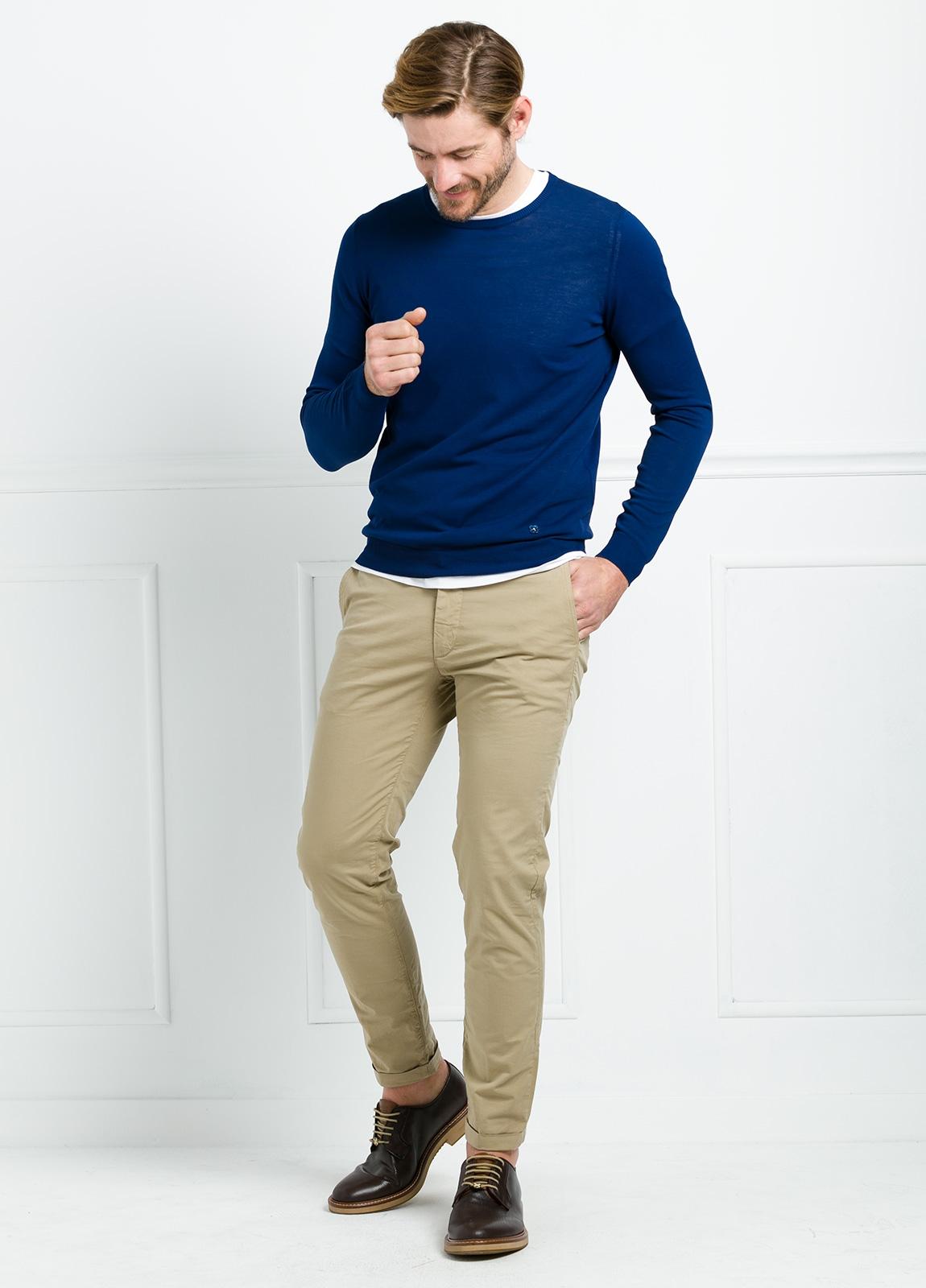Jersey liso cuello redondo color azul. 100% Algodón microesterilla. - Ítem1