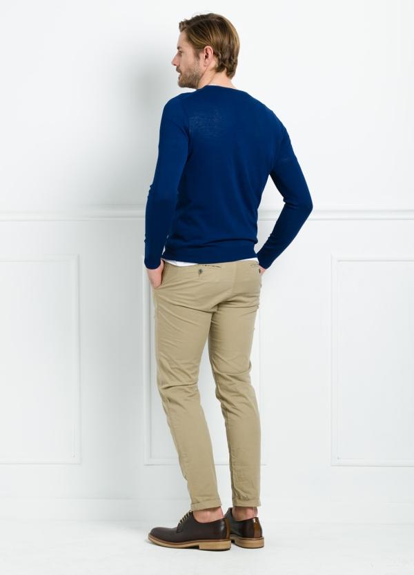 Jersey liso cuello redondo color azul. 100% Algodón microesterilla. - Ítem2