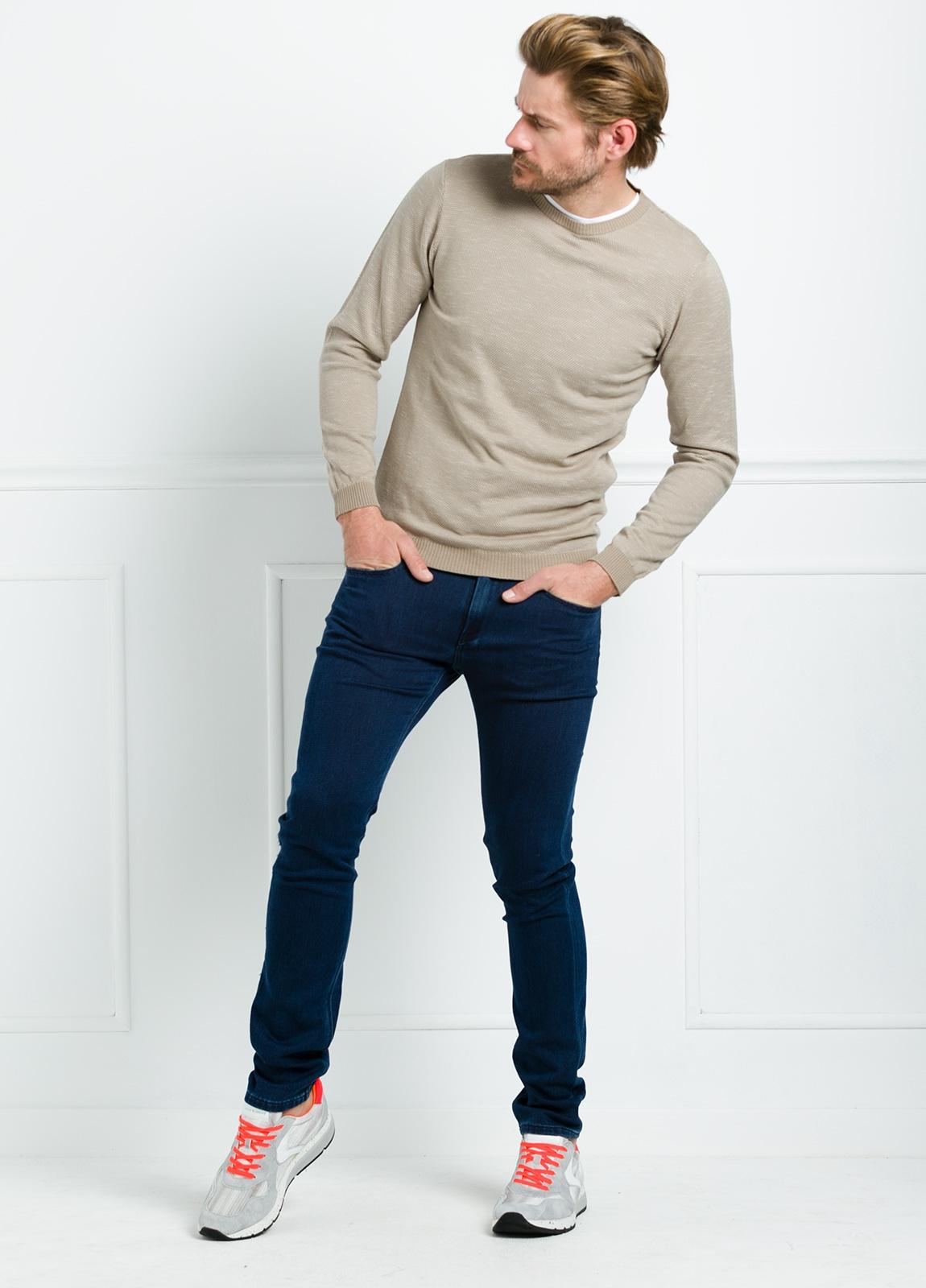Jersey cuello redondo color beige. 100% Algodón - Ítem4