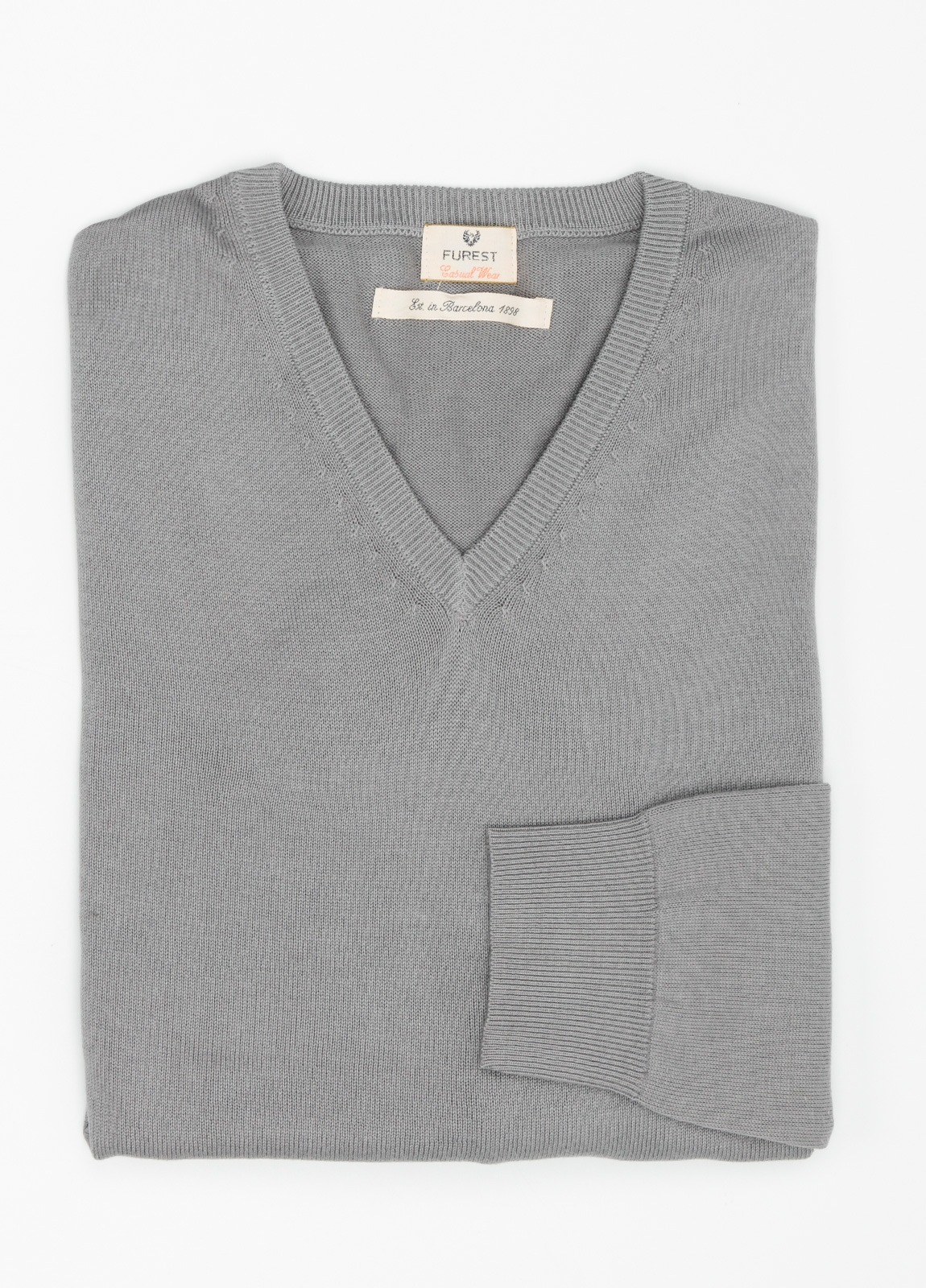 Jersey Casual Wear, SLIM FIT cuello pico color verde gris, 100% algodón.