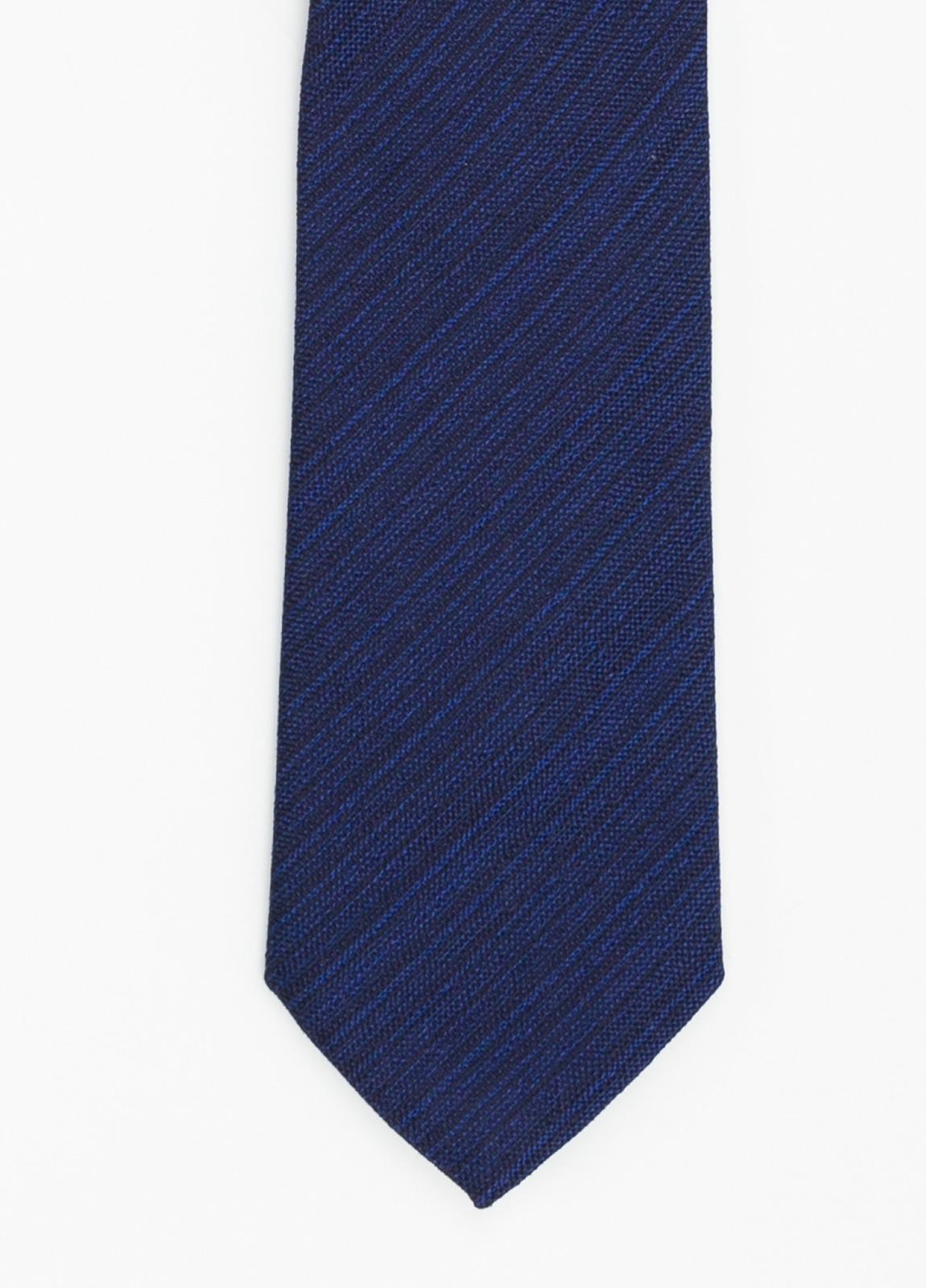 Corbata Formal Wear microtextura color azul tinta. Pala 7,5 cm. 96% Seda 4% Algodón.