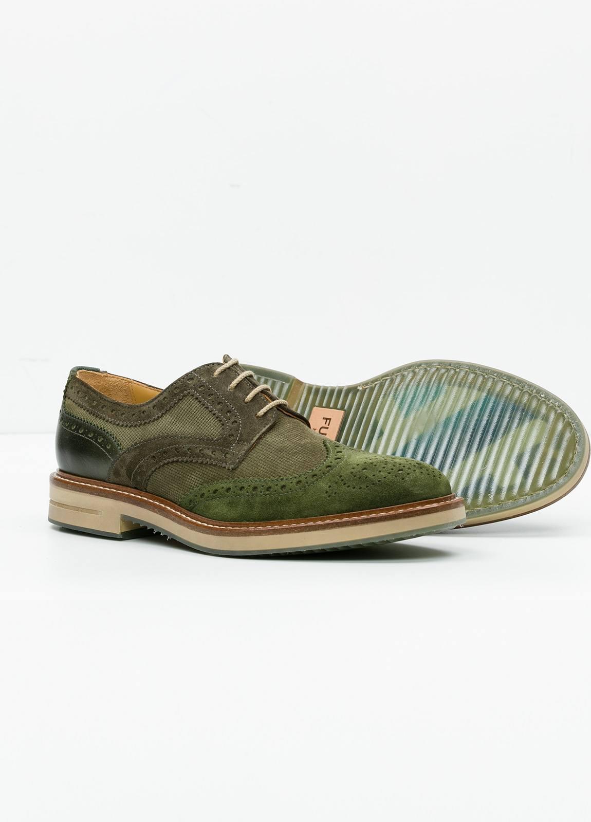 Zapato Sport Wear color kaki. Combinación de serraje y piel con troquelado. - Ítem4