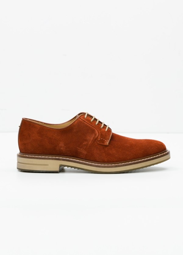 Zapato Sport Wear color cognac. 100% Serraje.