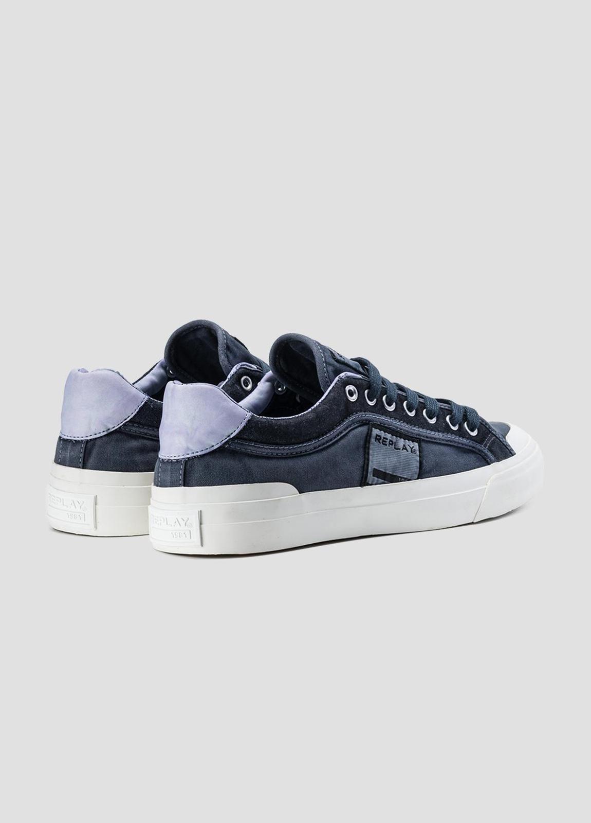 Calzado sport modelo DAWSON con cordones color azul marino. 100% Algodón. - Ítem2
