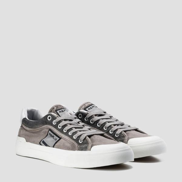 Calzado sport modelo DAWSON con cordones color gris. 100% Algodón. - Ítem2