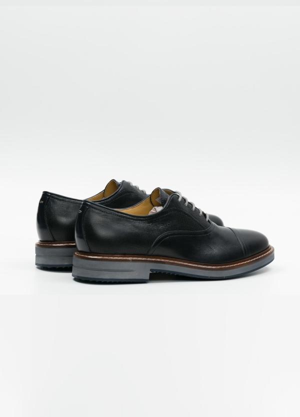 Zapato Formal Wear con cordones color marrón oscuro combinación de piel lisa y grabada. 100% Piel. - Ítem4