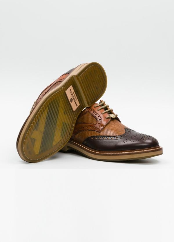 Zapato Formal Wear con cordones con detalles troquelados y combinación de piel lisa color marrón y piel grabada color cognac. 100% piel. - Ítem1