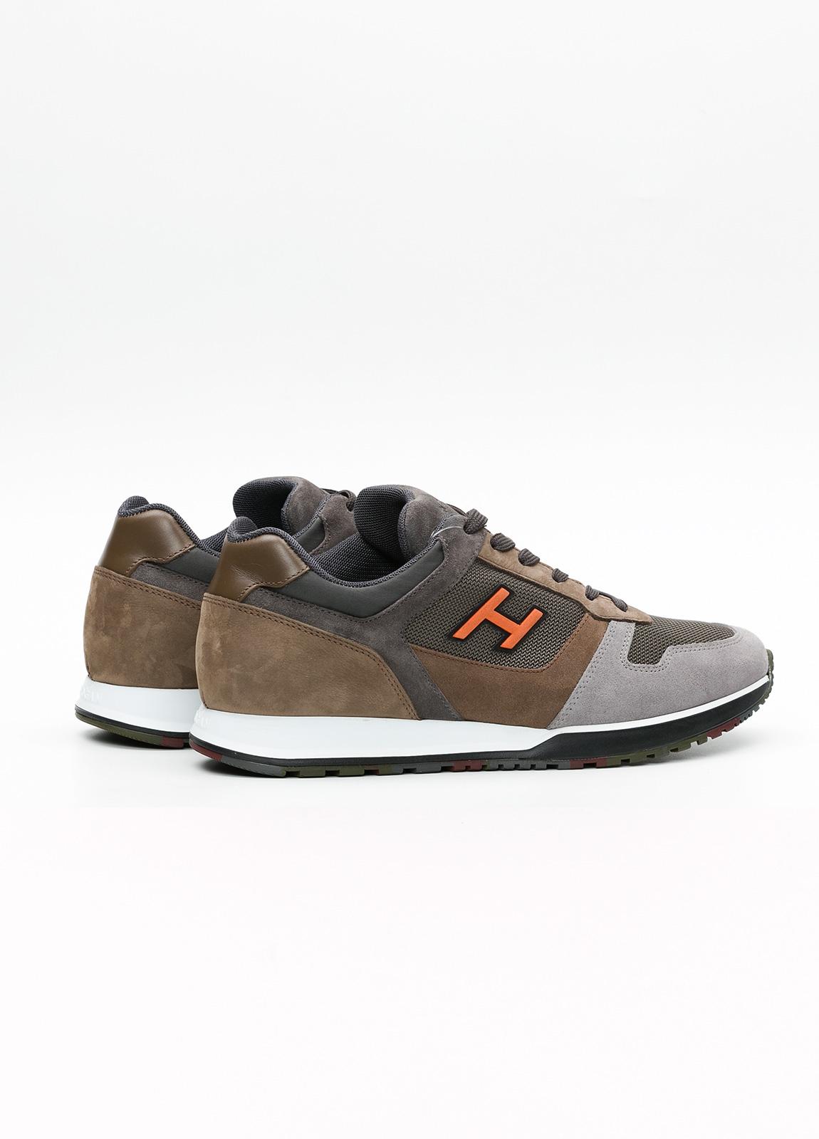 Calzado sport hombre H321 color marrón. Combinación de serraje, tejido técnico y apliques en piel. - Ítem4