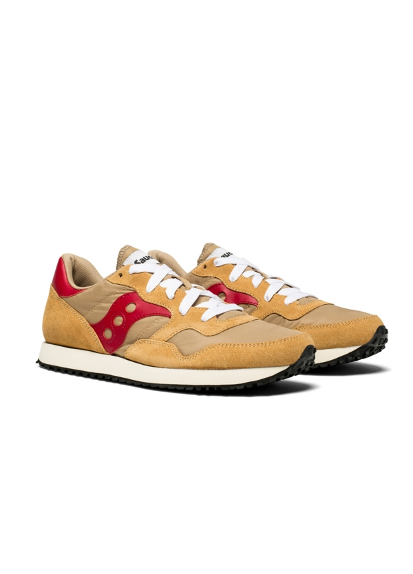 Calzado sport hombre VINT TRAINER color tostado con detalles rojos, combinación de serraje y tejido técnico. - Ítem3
