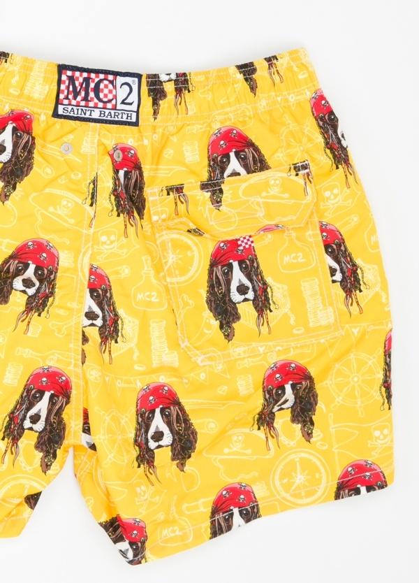 Bañador estampado perros piratas modelo GUSTAVIA color fondo amarillo, microfibra. - Ítem1