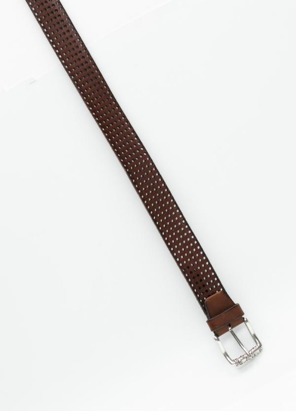 Cinturón sport dibujo perforado color marrón. 100% Piel. - Ítem1