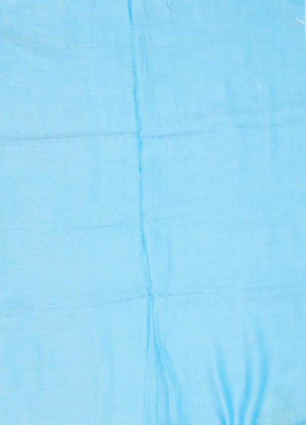 Foulard liso color turquesa modelo GIGLIO 150 x 180 cm. 100% Modal - Ítem1
