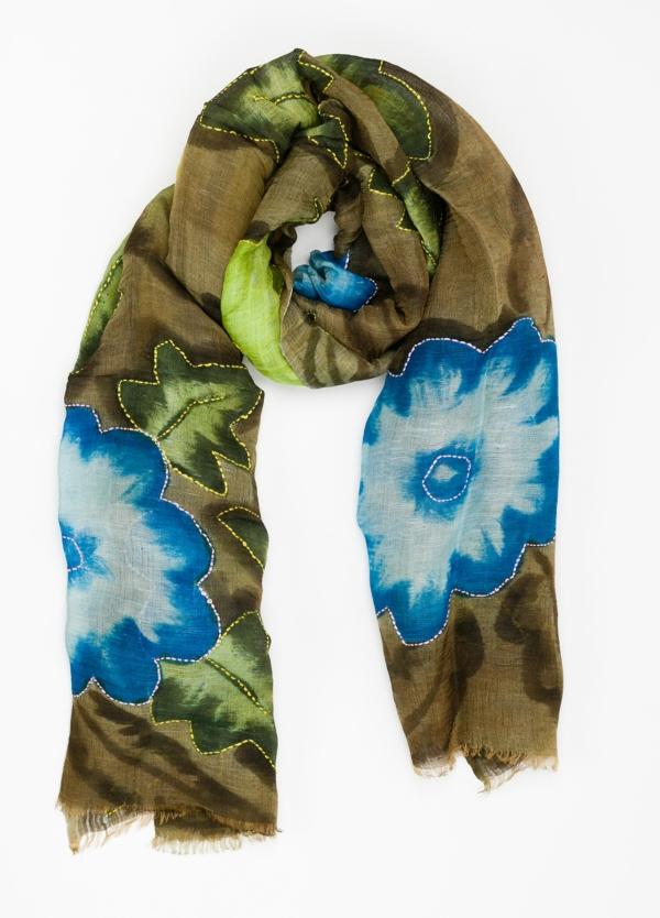 Foulard estampado floral color kaki modelo ORTENSIA 70% Lino 30% Seda.