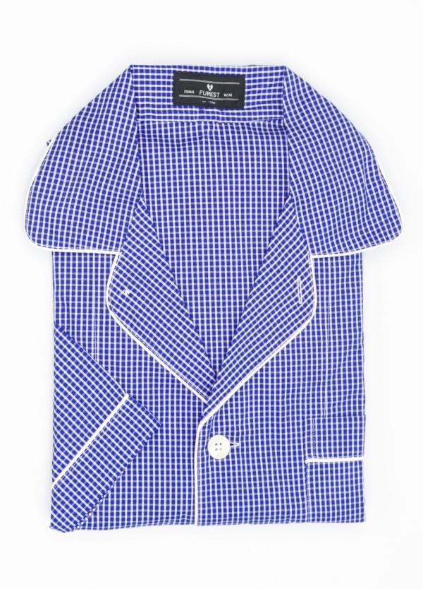Pijama CORTO dos piezas, pantalón corto con cinta no elástica y funda incluida color azul con estampado de cuadros. 100% Algodón.