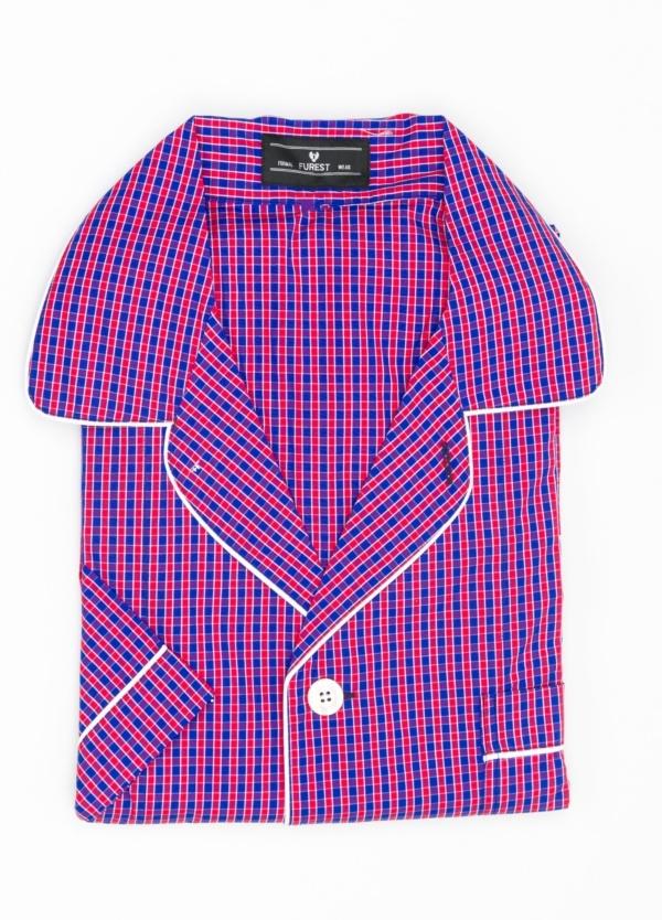 Pijama CORTO dos piezas, pantalón corto con cinta no elástica y funda incluida color rojo y azul con estampado de cuadros. 100% Algodón.