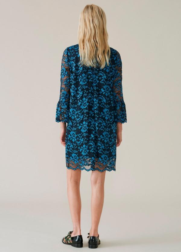 Vestido de encaje color azul con manga acampanada. 67% Poliamida 30% Viscosa 3% Elastáno. - Ítem3