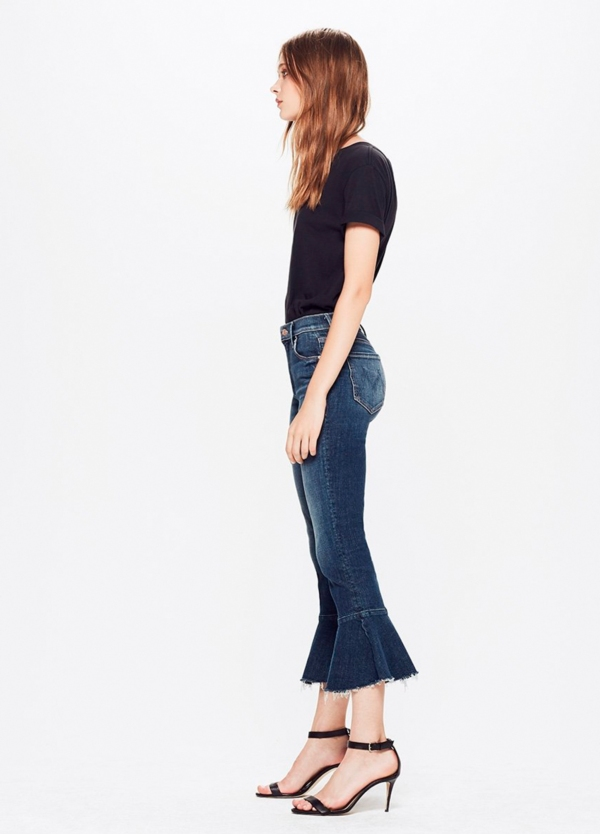 Tejano woman CROPPED FLARE JEANS color azul denim oscuro. 93% Algodón 6% poliéster 1% Elastano.