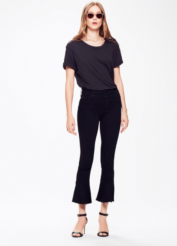 Tejano woman CROPPED FLARE JEANS color negro. 93% Algodón 6% poliéster 1% Elastano.