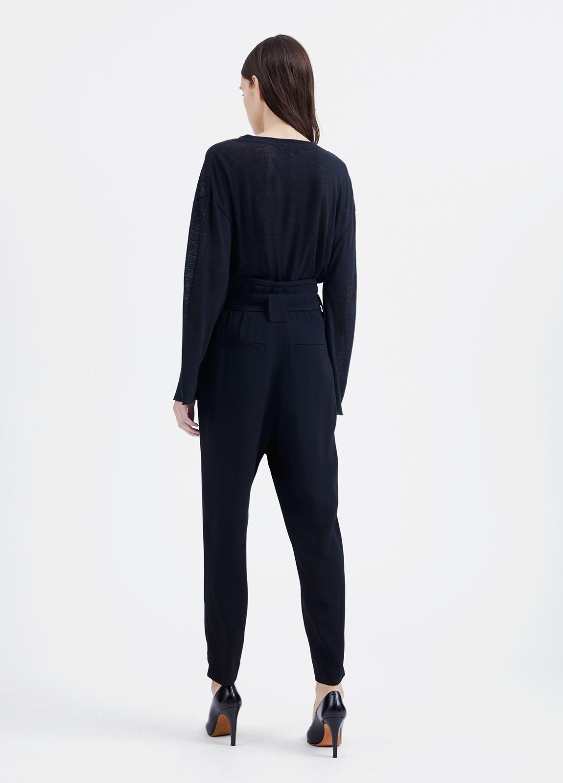 Pantalón woman de talle alto color negro y lazada en cintura. 73% Acetato 27% Viscosa. - Ítem2