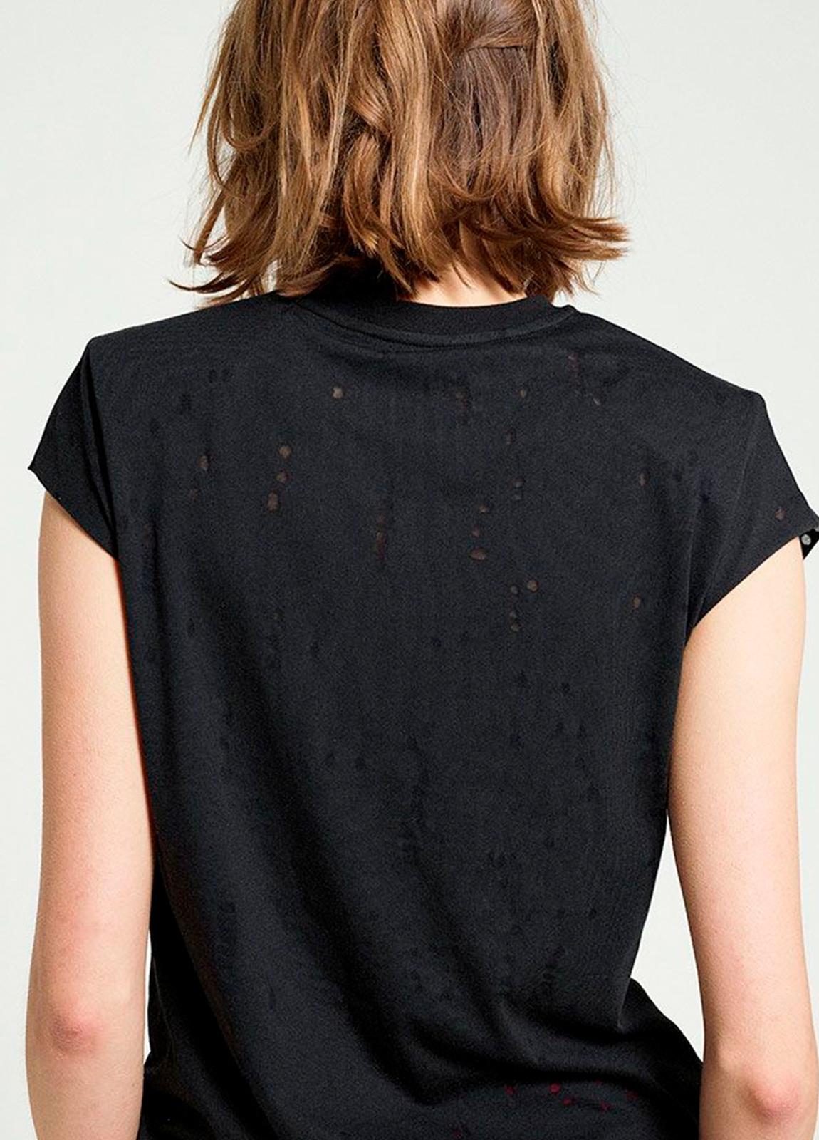 Camiseta manga corta color negro con estampado gráfico. 50% Algodón 50% Poliéster. - Ítem1