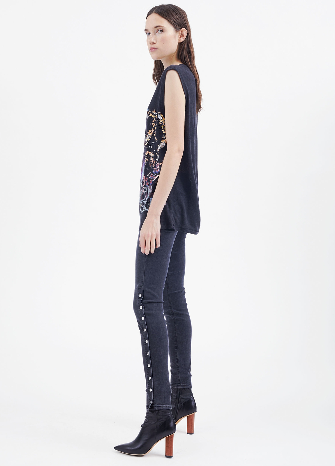 Camiseta woman sin mangas color negro con dibujo frontal. 100% Lino. - Ítem1