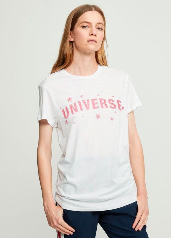 Camiseta manga corta color blanco con estampado gráfico. 50% Algodón 50% Modal.
