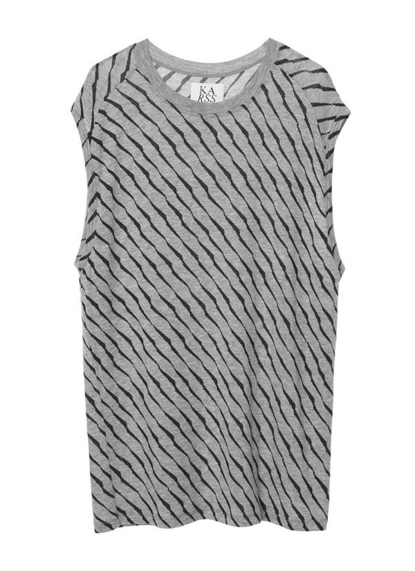 Camiseta sin mangas color gris con estampado animal print. 94% Lyocell 6% Elastáno.