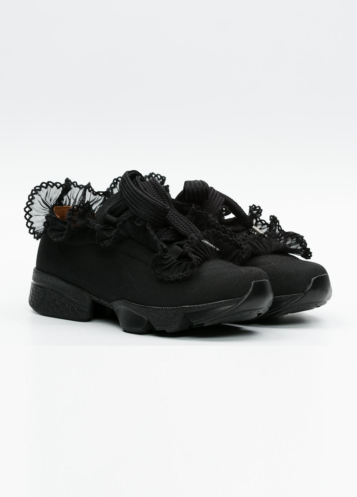 Calzado sport woman color negro cordones con detalle volantes. - Ítem3