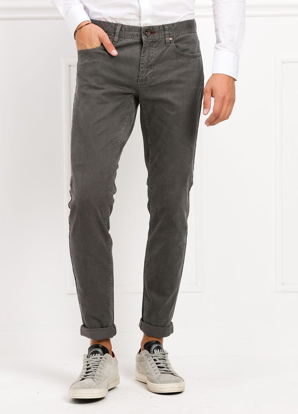 Pantalón 5 bolsillos SLIM FIT modelo FRED 75 color gris oscuro. 97 ... 41ad1cd0fa24