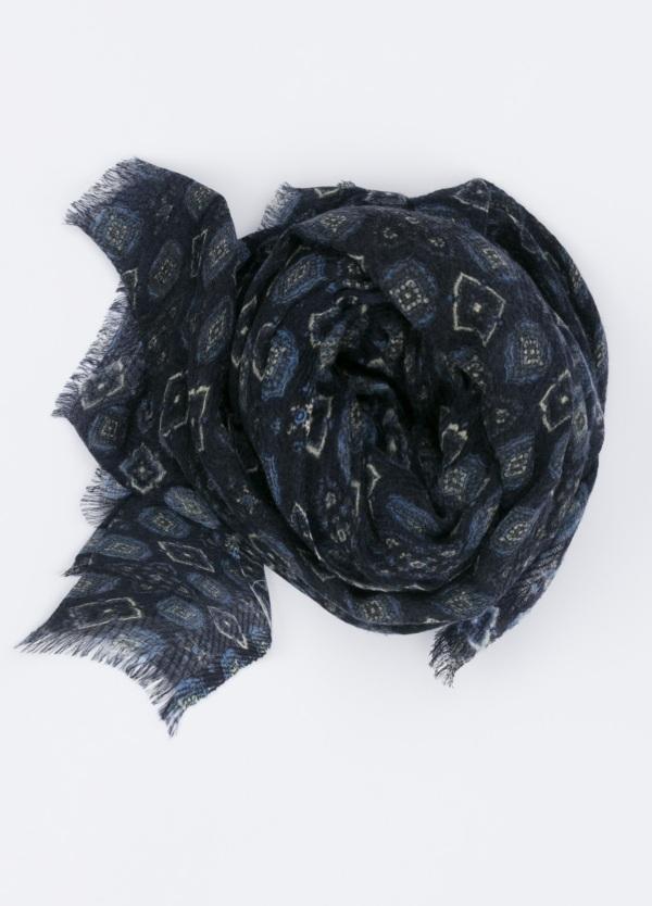 Foulard estampado color azul marino, 70 x 180 cm.