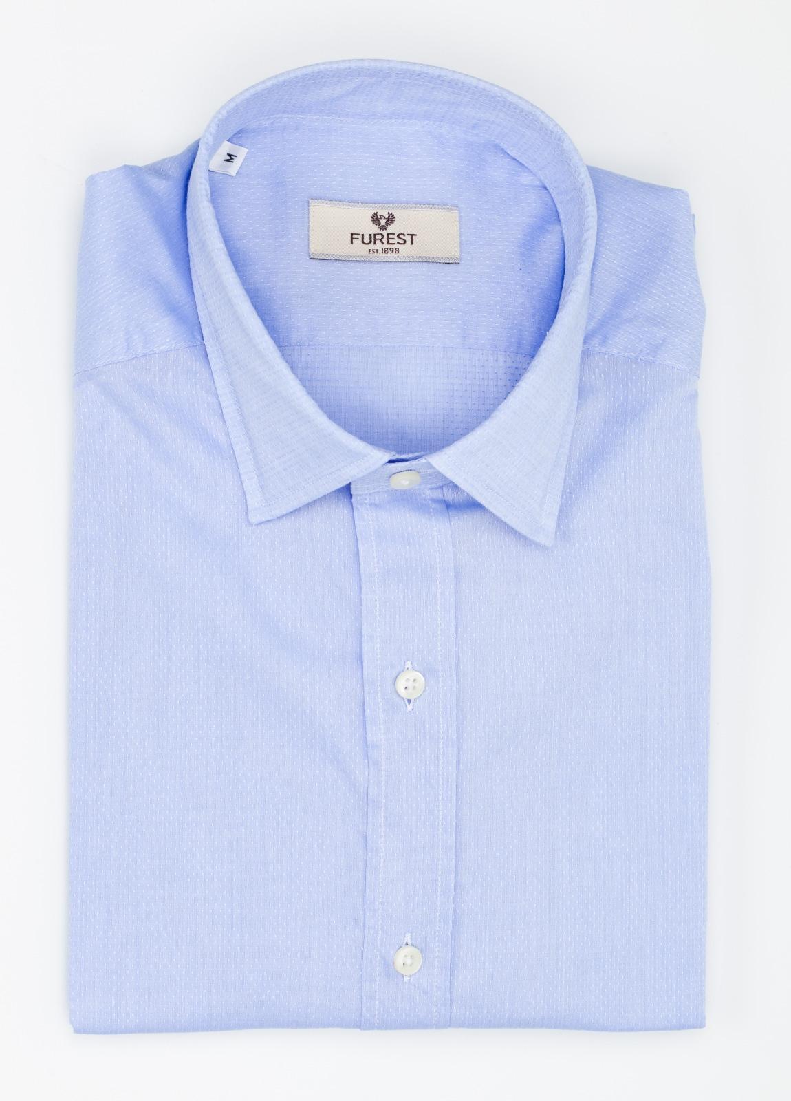 Camisa Leisure Wear SLIM FIT modelo PORTO microtextura color azul. 100% Algodón.