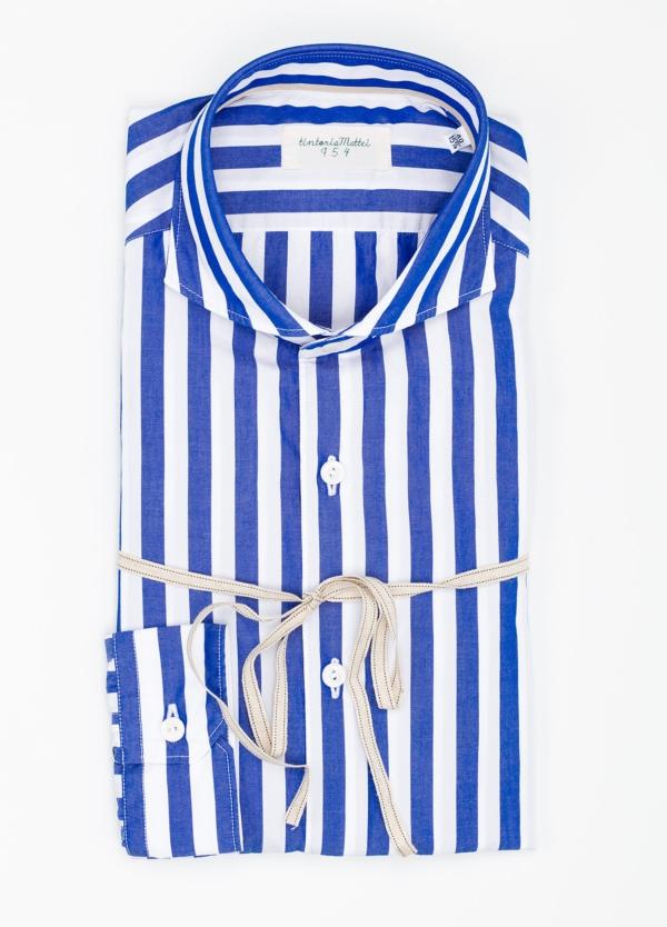Camisa sport SLIM FIT con estampado de rayas color azul. Algodón y elastáno.