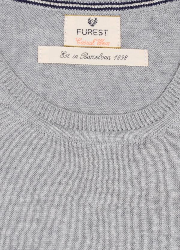 Jersey Casual Wear, SLIM FIT cuello redondo color gris, 100% algodón. - Ítem1